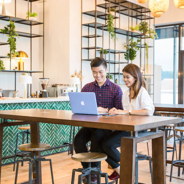 WORK PROFESSIONALLY IN A FRIENDLY WORKSPACE
